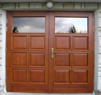 Garazna vrata s polnili