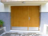 Lesena garazna vrata letvice