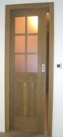 Notranja vrata luzena in krtacena rustikalno drsna v steno