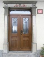 Rustikalna masivna vrata