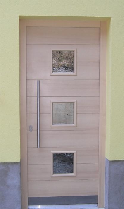 Moderna vhodna vrata  Po meri  Lesena vhodna vrata
