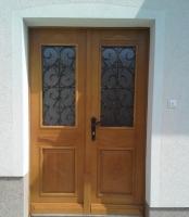 Dvokrilna rustikalna vrata
