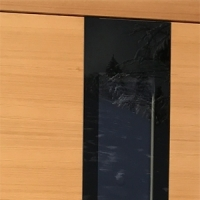 Crno emajlirano steklo
