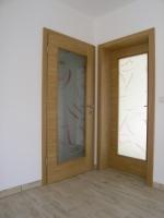Steklena notranja vrata ton