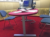 Studijska miza radio ognjisce