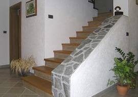 lesene-stopnice-hrast-masiv