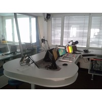 studijska-miza-radio1