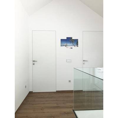 Moderna notranja vrata s skritimi podboji